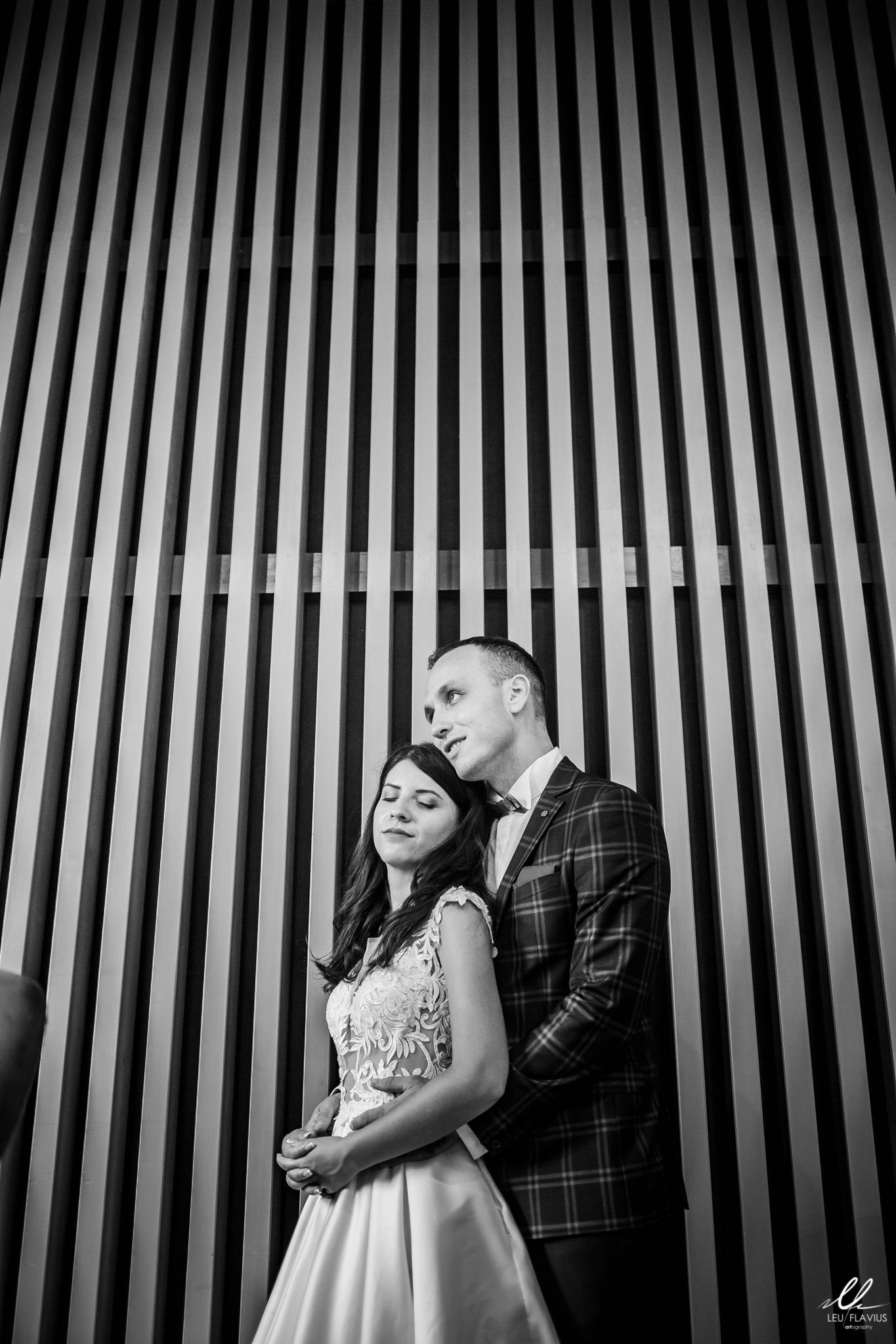 LEU 6246 - Trash the Dress - Cristina & Bogdan